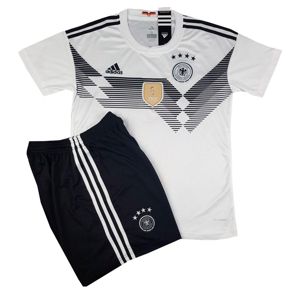 Футбольная форма сборной Германии Чемпионат Мира 2018 белая купить в ... 5e3bbfe8d7b