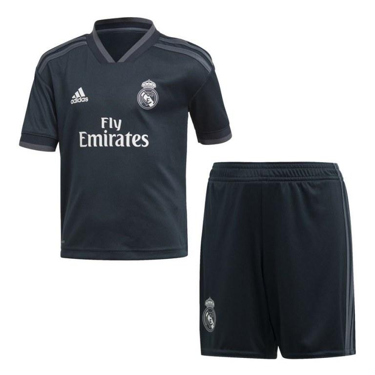 Детская футбольная форма Реал Мадрид 2018 2019 выездная купить в ... 2a54343109e