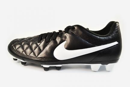 Футбольные бутсы Nike Tiempo Rio II FG (631287-010)
