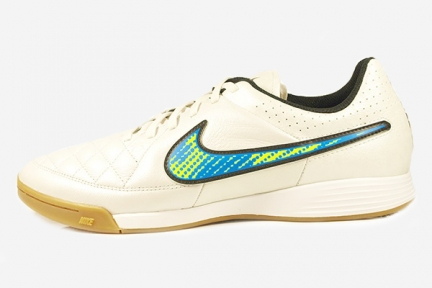 Футзалки Nike Tiempo Genio IC (631283-174)