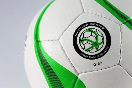 Футзальный мяч Uhlsport Medusa (127)