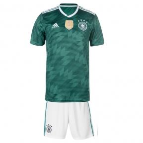 Футбольная форма сборной Германии Чемпионат Мира 2018 зеленая