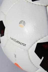 Футбольный мяч Nike Catalist (Сatalist 2013)