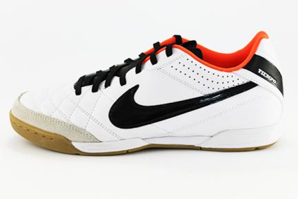 Футзалки Nike Tiempo Natural IV IC (454323-108)