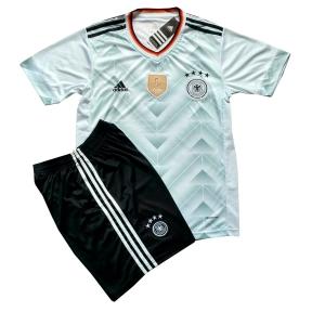 Футбольная форма сборной Германии 2017 stadium