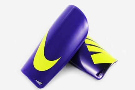 Щитки Nike Mercurial LITE (952)