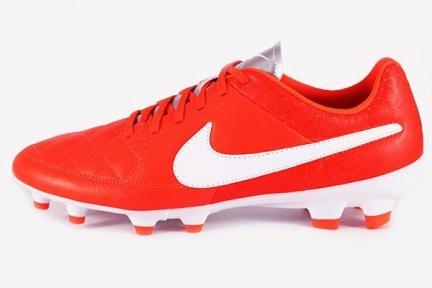 Футбольные бутсы Nike Tiempo Genio FG (631282-810)