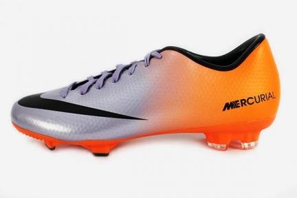 Футбольные бутсы Nike Mercurial Victory IV FG (555613-508)