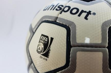Футбольный мяч Uhlsport (119)