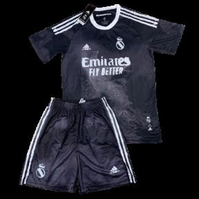 Футбольная форма Реал Мадрид 2020/2021 stadium четвертая